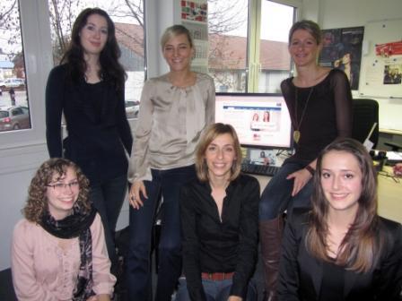 Das Employer Branding Team von SMA Solar Technology: oben (v. links n. rechts): Diana Thiel, Carolin Blank, Sabrina Drescher, unten (v. l. n. r.): Lena Neumann, Simone Schwenk, Hanna Fuhrmann